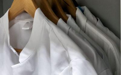 L'histoire de la blouse de travail : du médical au bien-être et à l'esthétique