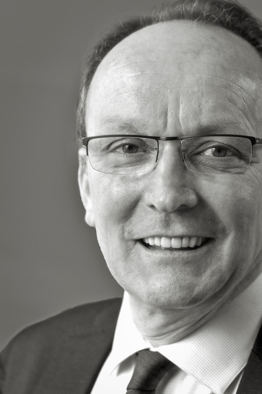 Frank Broquet - Avocat associé au cabinet IFL-Avocats, spécialiste droit du Travail et droit Social - tel +33 1 44 11 11 93