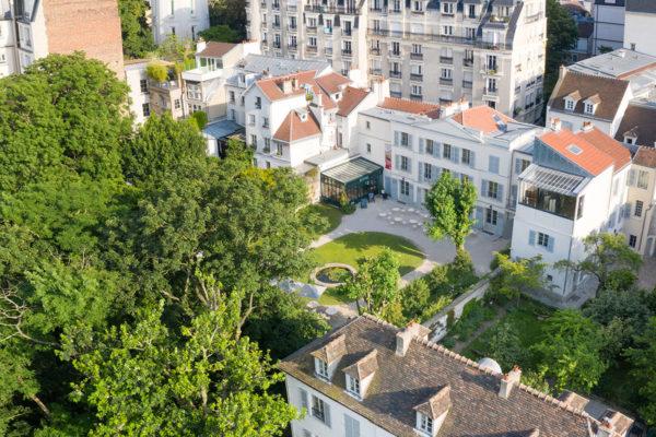 Musée de Montmartre Jardins Renoir vue par drne